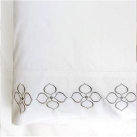 好莱坞白色一对枕套