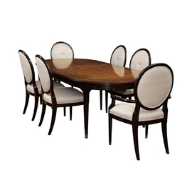 Rutherford 餐桌